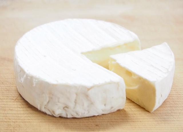 チーズ(カマンベール)